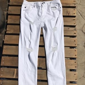 KanCan Los Angeles, Distressed white jeans